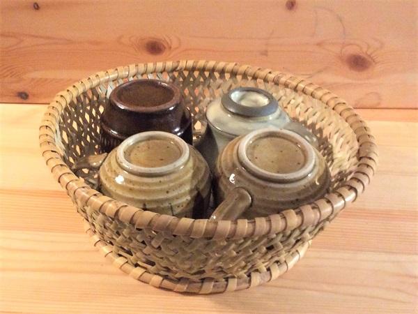 食器を入れた碗籠