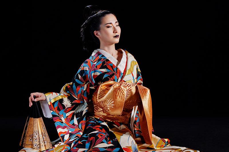 日本舞踊家の家系に生まれ、日本を代表する舞踊家の祖父・花柳稔さんに師事した花柳凛さん。