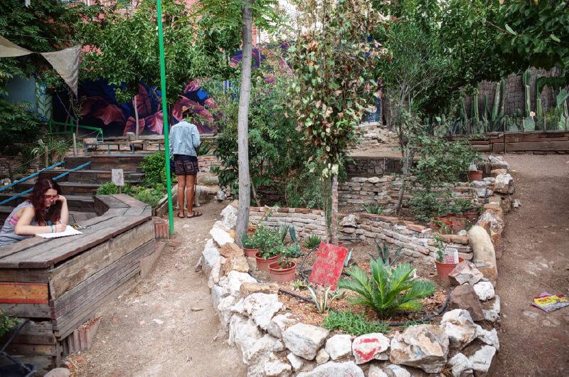 『まち畑プロジェクト』の軌跡をまとめている佐倉研究室のウェブサイトでは、佐倉助教が自ら足を運び調査してきた「世界のまち畑」が紹介されている(写真提供:『まち畑プロジェクト』)