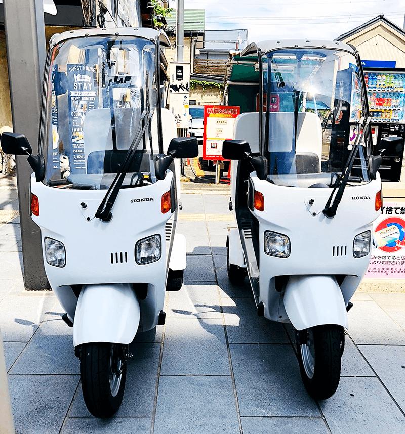 配達用のバイク